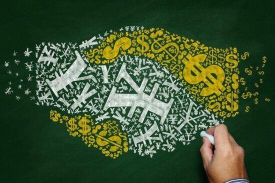 大規模金融緩和の行く末-インフレの前にあるドル安シナリオ-
