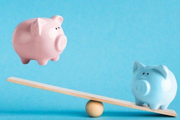 実家暮らしと一人暮らし、貯金額はどれくらい差が出る?