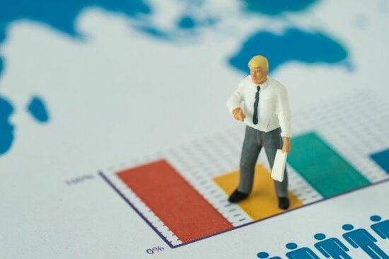 株は何割?初心者でもできる「資産配分」計算式:ポートフォリオの作り方