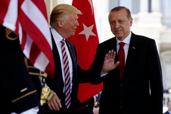 トルコリラが急落。米国との外交的緊張高まる