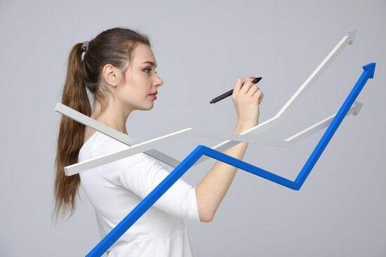 日経平均株価は2万590円でスタート~注目の5銘柄を分析