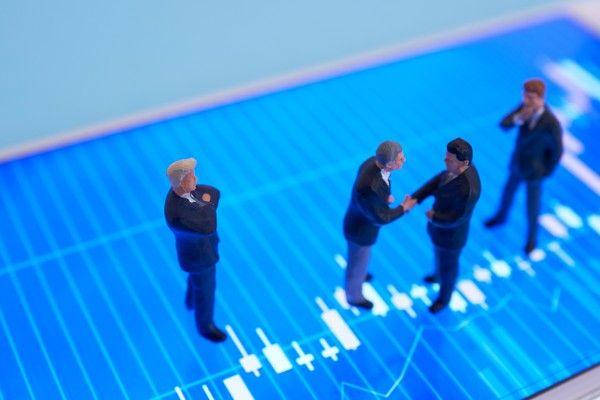 企業と投資家と期末期初の為替のカンケイ