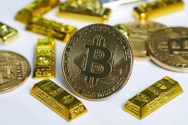 ビットコインキャッシュのハードフォークと仮想通貨の主導権争い