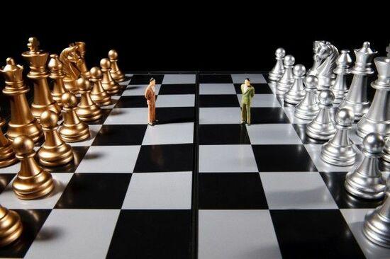 FOMCの決定と貿易戦争の綱引きの行方は?