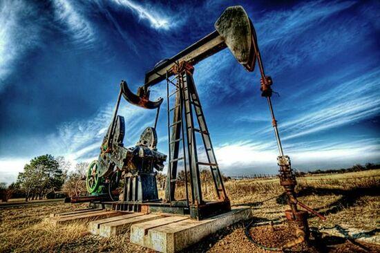 2018年:原油価格見通し。協調減産、シェール増産でどうなる?