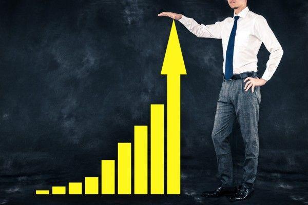 日米企業の決算で個別株物色の動き。ダウ史上最高値接近、日経平均も2万3,000円目指すか?