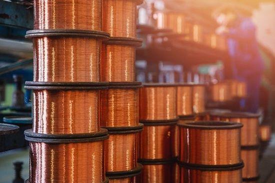 銅の価格が上がるかも!?中国と南米で上昇要因が同時発生