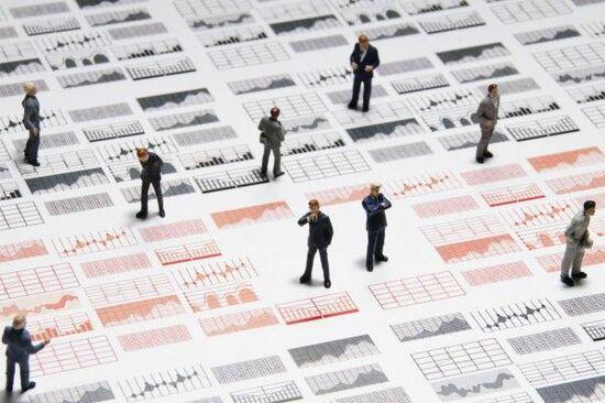日経平均株価は2万1,148円でスタート~注目の5銘柄を分析