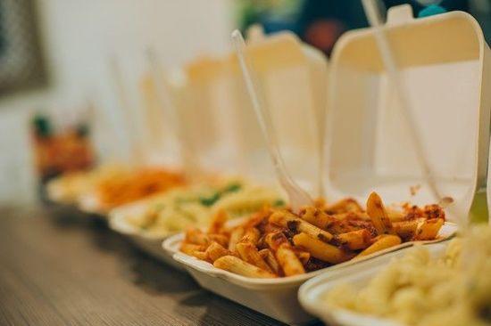 緊急事態宣言の発令で『外食産業』の業態転換は加速