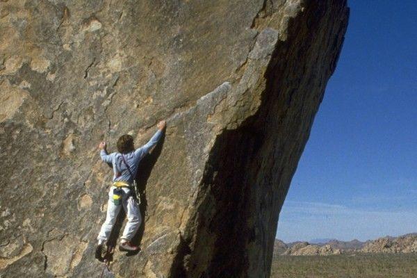 相場は「不安の崖をよじ登る」ことができるか?