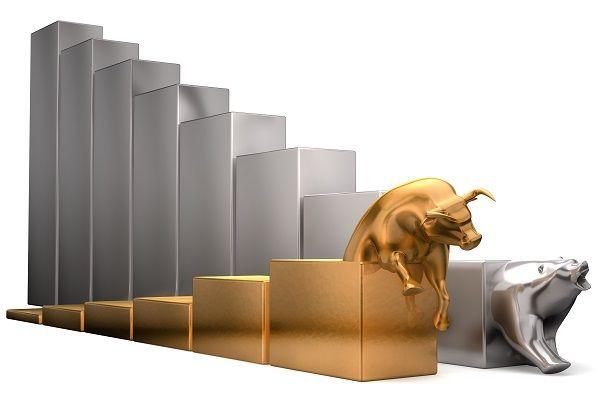 金とプラチナ、価格差が30年間で最大のマイナス幅に!この差をどう読む?