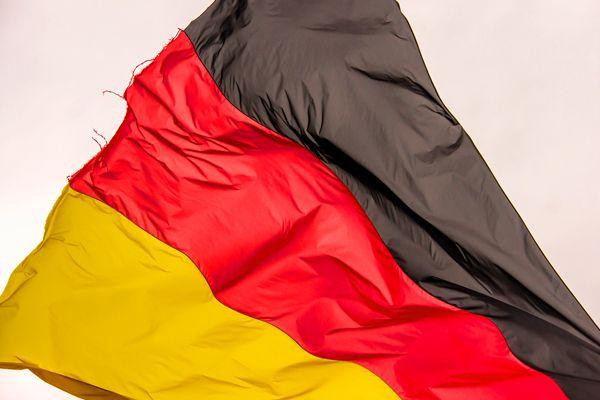 ドイツ政治混乱でユーロが大きく上下