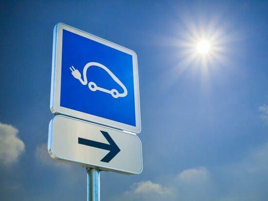 電気自動車(『EV』)で連携が加速