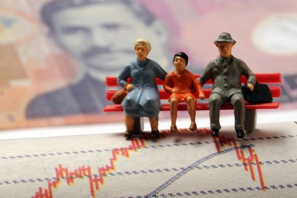 ドル/円111円台へ下落。米インフレ率は失望