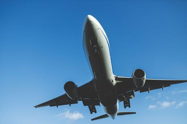 国内線で初のジェット機就航【57年前の9月25日】