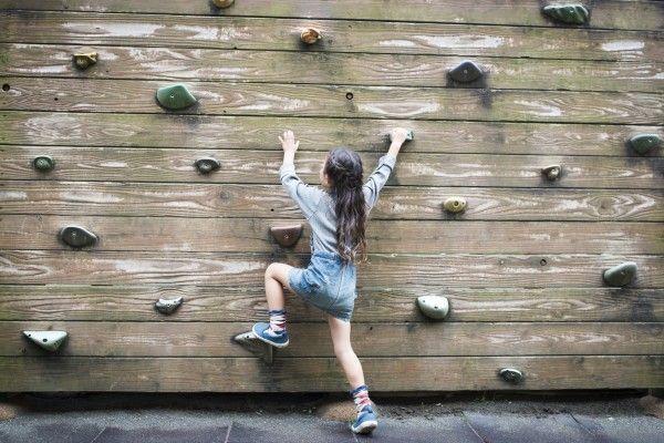 日本株はそれでも「不安の崖」をよじ登る?その勇気は報われるのか否か