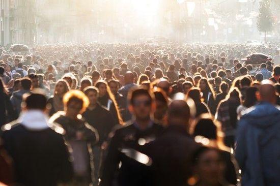 常軌を逸した集団妄想と群集の狂気がバブルを作る