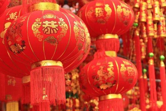 香港市場は戻りを試す展開か、米中で景気に配慮した動きが顕在化