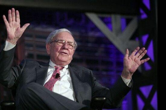 バフェットが警告。投資家とESG投資の付き合い方